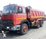 camion Iveco 330.36