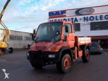 camión Mercedes Unimog U500
