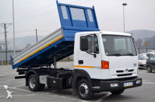 camion ribaltabile Nissan