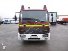 camion pompieri Volvo