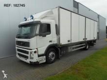 camion Volvo FM9.260 BOX EURO 3