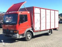 camion van per trasporto di cavalli Mercedes