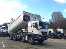 camión MAN TGS 41400 8X4 Cantoni 20m³