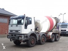 camion Iveco Cursor 380 8x4 / Liebherr 9m³