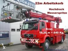 camión MAN 18.284 4x4 Kran19m0,6t Arbeitskorb Wasserspritze