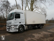 camion Mercedes 1832 L/ Koffer