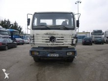 camion Mercedes 1520