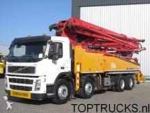 camión hormigón Volvo