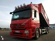 camión Mercedes Actros 2551 L