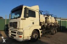 camión MAN TGA 26.390 6x2 LL - PVC Tank - 9.630 l.
