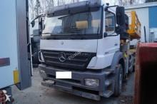 camion nacelle Mercedes