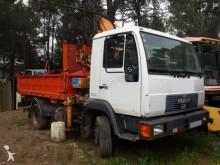 camión volquete MAN
