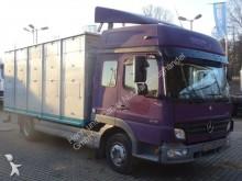 camión remolque para caballos Mercedes