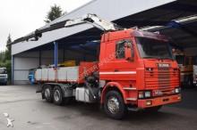 camión volquete trilateral Scania