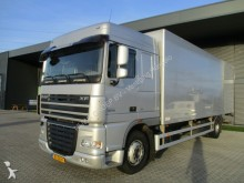 camion DAF FA XF105 Spacecab