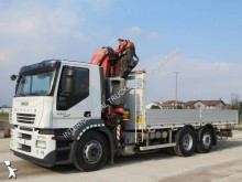 camion nacelle articulée télescopique occasion