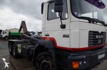 camion MAN 26.373
