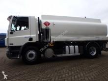 camion cisterna DAF