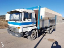 camion Nissan M 125