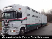 camión remolque para caballos Scania