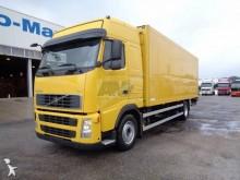 camion fourgon Volvo