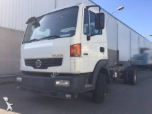 camion châssis Nissan