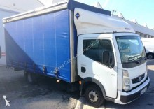 camion Renault Maxity 130 2.5 DCI