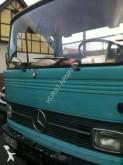 camión Mercedes 913