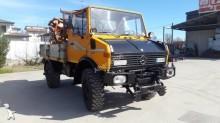 camión Mercedes Unimog 424