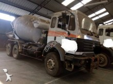 camión Mercedes 2631