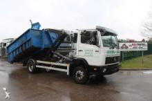 camion Mercedes 1117 HAAKSYSTEEM - ABROLLKIPPER - AMPLIROL -ROLL