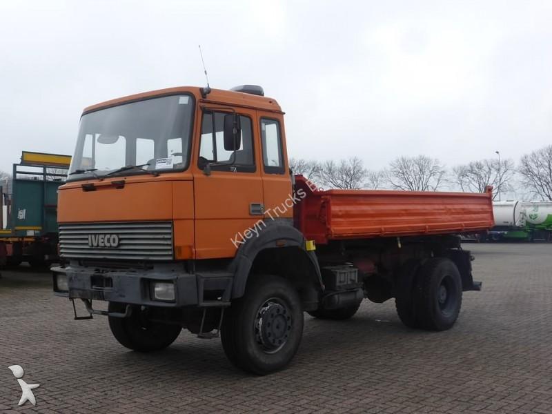 Camion ribaltabili 3266 annunci di camion ribaltabili for Rimorchi ribaltabili trilaterali usati