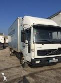 camión Volvo FL 180
