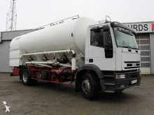 camion citerne pulvérulent Iveco