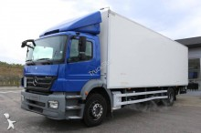 camión furgón mudanza Mercedes