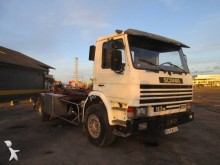 camion porte containers Scania