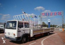camion Renault S180