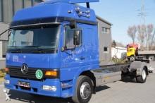 camión Mercedes Atego 1228