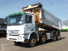 camión Mercedes Actros 4151 8x4