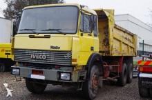 camion benna edilizia Iveco