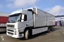 camión Volvo FM9 Kylbil 340