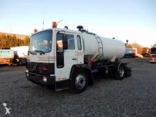 camion cisterna bitume Volvo