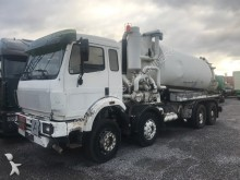 camion Mercedes 3229 8x4