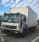 camión Volvo FL12 220