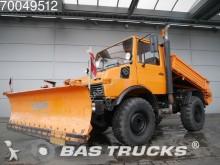 camion Mercedes Unimog 424B 4X4 Manual Schneeschieber-Salzstreue