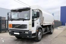 camion Volvo FL6 TANK 14.500L