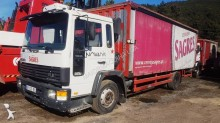 camion Teloni scorrevoli (centinato alla francese) altro centinato alla francese Volvo