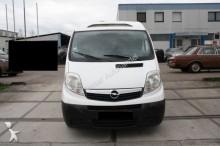 camión Opel VIVARO Carrier Xarios 200