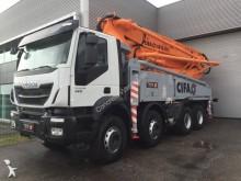 camión Iveco Eurotrakker 410E42