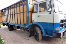 camion bétaillère Unic